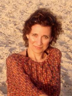 נדיה ארונוביץ - מדריכת יוגה ופילטיס