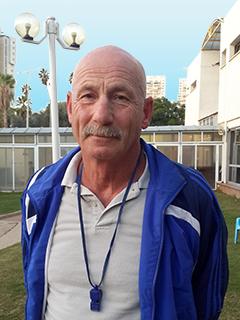 ולרי יאסטרובינצקי - מאמן שחייה מוסמך